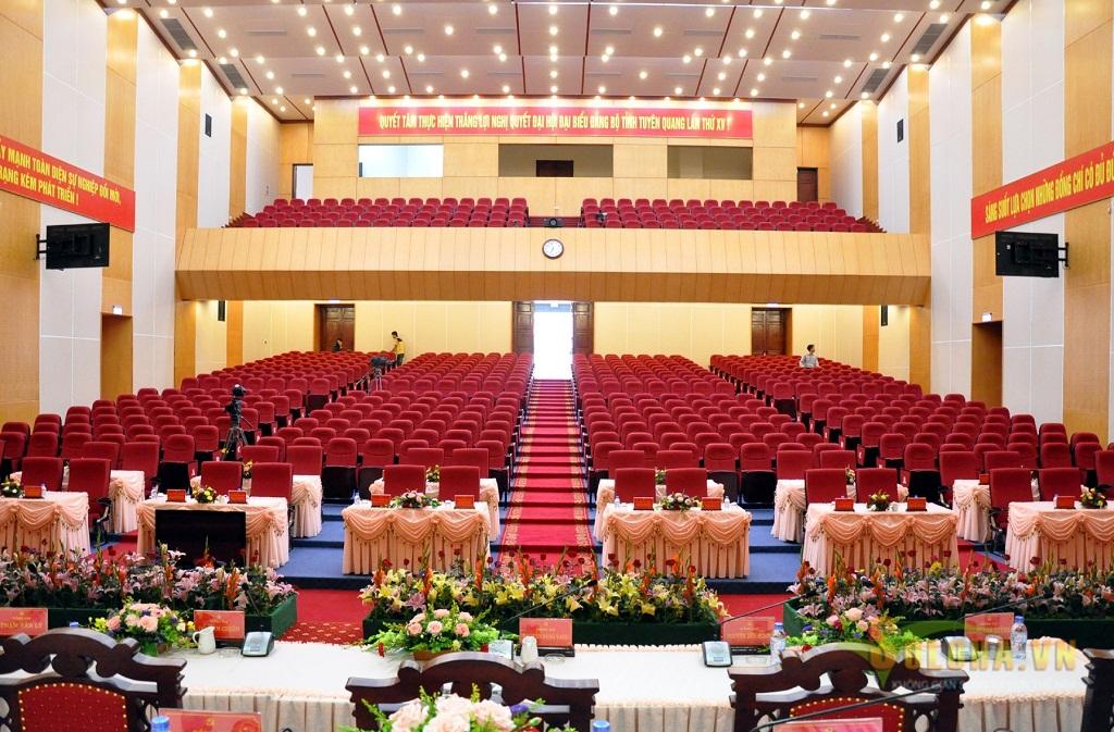 Thiết kế hội trường Hòa Phát sang trọng đạt chuẩn Châu Âu 1